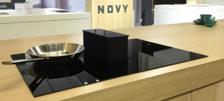 hotte de plan novy int gr e la table induction. Black Bedroom Furniture Sets. Home Design Ideas