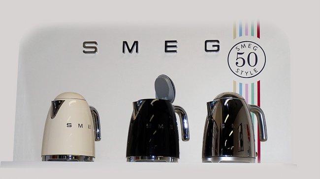 electromenager design smeg. Black Bedroom Furniture Sets. Home Design Ideas