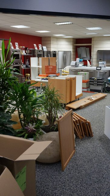 showroom-de-droite-en-chantier.jpg